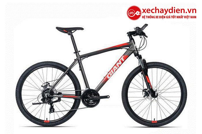 Xe đạp Giant ATX 660 màu đen đỏ